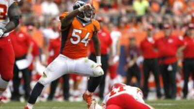 La criticada defensiva de los Denver Broncos aguantó un embate final de...