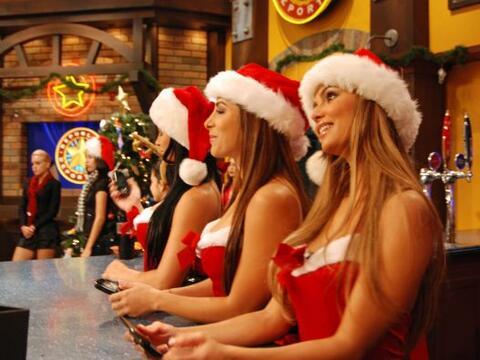 La fiesta de Navidad ya empezó en el bar de la República D...