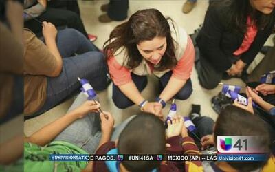Primera dama de Honduras visitó a los niños detenidos en la frontera