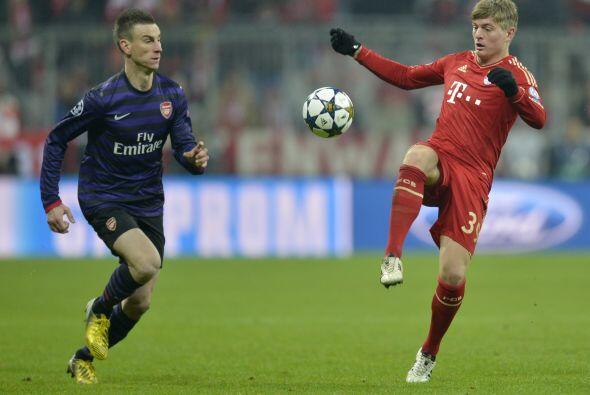 Poco a poco, los bávaros se hacían con la posesión de la pelota.