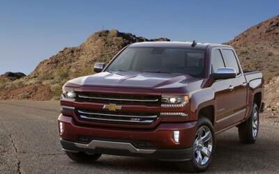 Chevrolet presentó el Silverado 1500 2016 con nuevas tecnologías, pequeñ...