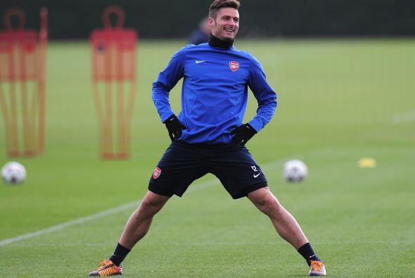 Actualmente juega en el Arsenal F.C de Inglaterra.   Mira aquí todo sobr...