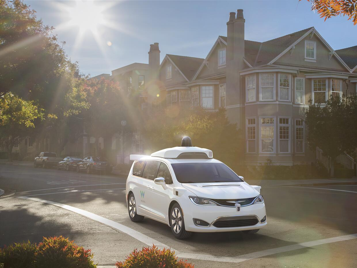 Chrysler Pacifica híbridas de Waymo