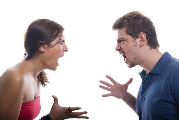 Hacer grandes las pequeñas peleas: Por el contrario, cuando surge...
