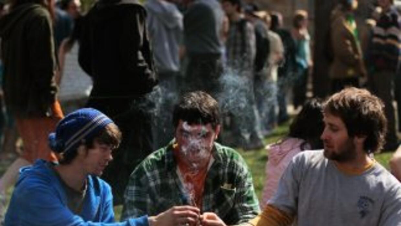El 67% de los estadounidenses entre los 18 y los 29 años quiere legaliza...