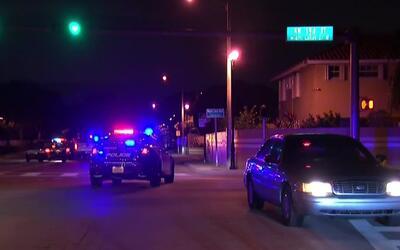 Calles cerradas y amplio operativo policial en Miami Lakes por el aparen...