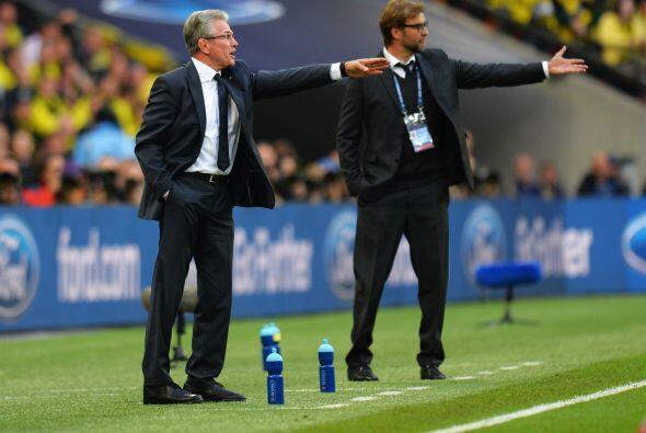 Partido muy téctico con dos grandes técnicos al mando, como Jupp Heyncke...