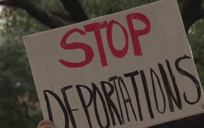 Manifestantes realizaron una protesta pacífica contra el presidente Trum...