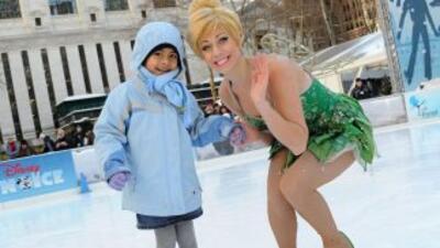 ¡Aprende a patinar en hielo con tus personajes favoritos!