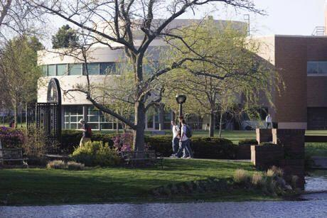 Bryant University, Smithfield, RI | Tasa admisiones: 77% | Costo promedi...