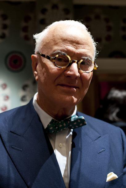 El diseñador español Manolo Blahnik presentó su nueva colección durante...