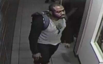 Arrestan al sospechoso de intentar violar a una mujer dentro de un baño...