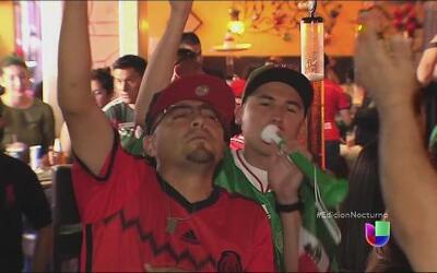 Mexicanos celebran empate de la selección también en EEUU