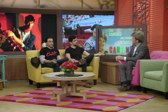 Este martes, más actores de la esperada película 'Cantinflas' llegaron a...