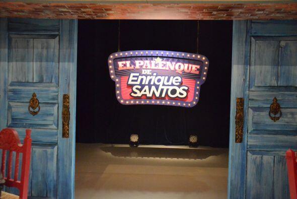 Este es 'El Palenque de Enrique Santos' un programa que te hará reír a c...