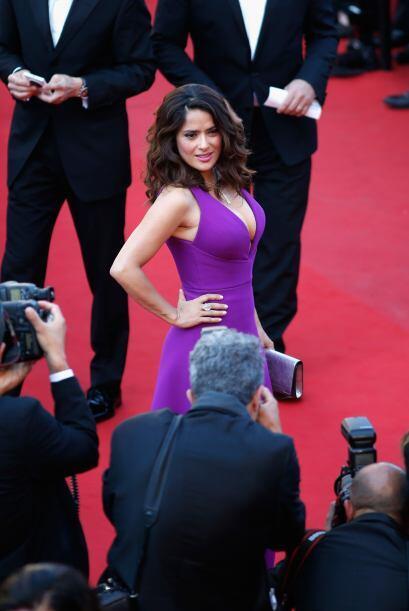 Y sí el vestido es bello, pero la percha cuenta ¡y mucho!