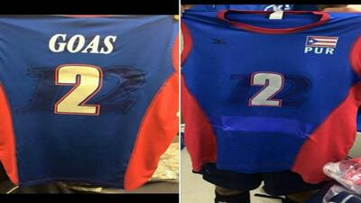 La Selección Nacional masculina recibió los uniformes para...