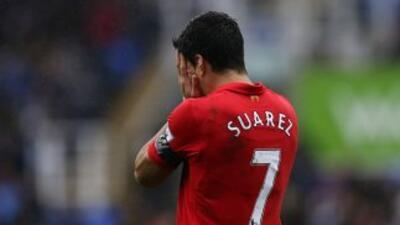 Suárez ha sido acusado por la propia FA, aunque aún puede apelar el futb...