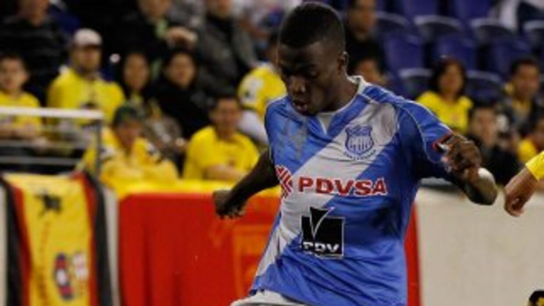 Emelec, que no jugó la jornada pasada, reapareció con un triunfo por 3-0...