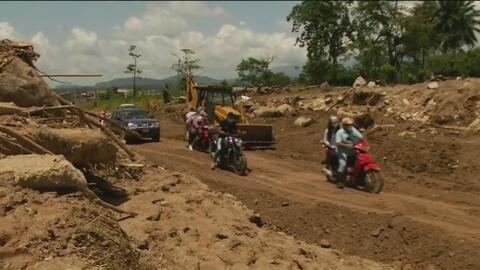 Aumenta a 290 los muertos tras avalancha en Mocoa, Colombia