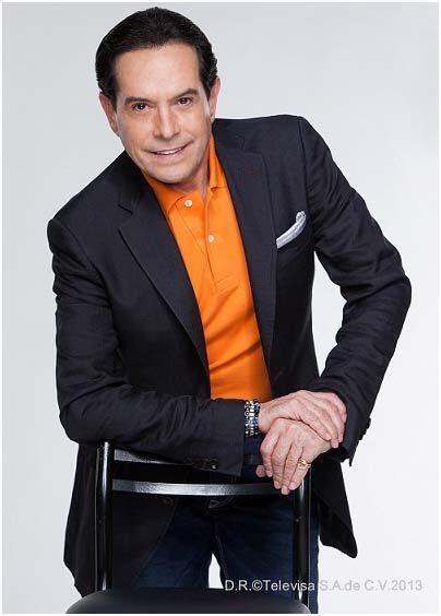 Juan José Origel es uno de los integrantes del panel de jueces. ¿Quién m...
