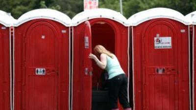 Los baños públicos son un problema para las mujeres cantonesas quienes c...