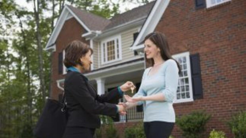 El proyecto Schumer-Lee contempla la compra de una casa unifamiliar de a...