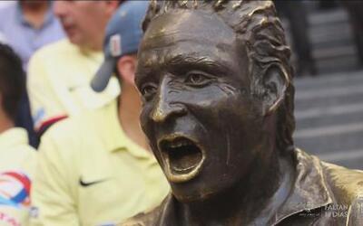 Misterios del Deporte: La estatua embrujada de 'Nachito' en el Estadio A...