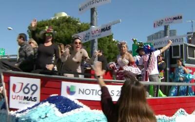 Así disfrutó el equipo de Univision la Parada de los Reyes Magos