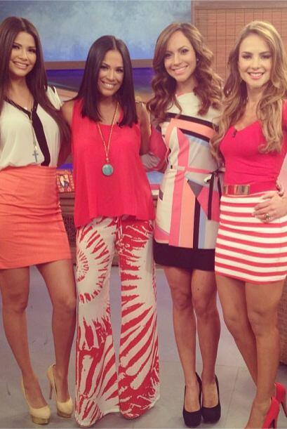 """""""Las chicas de @DespiertaAmericaTv cada quien en su propio estilo...."""