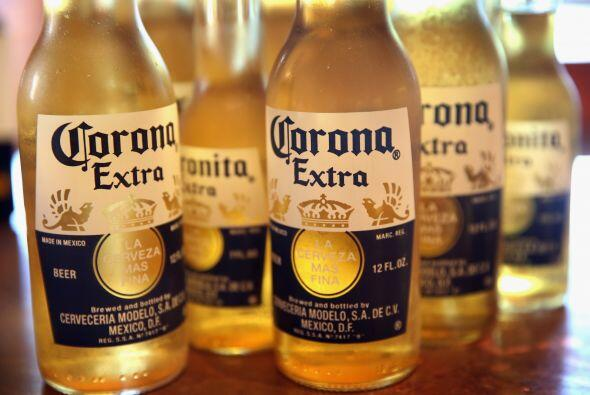 2.- Corona tiene un valor de 4,276 millones de dólares.