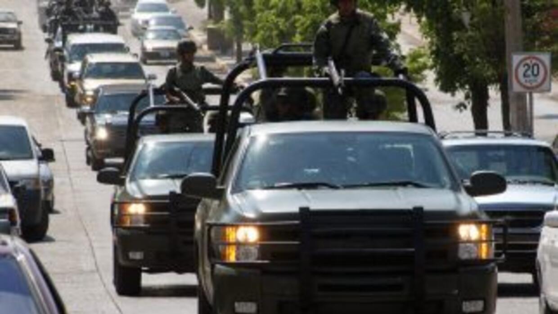 Mientras México se lamenta por la violencia del crimen organizado, los v...