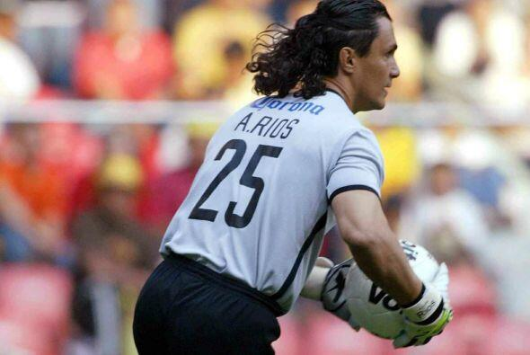 Adolfo Ríos: El arquero debutó con los Pumas de la UNAM, p...