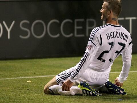 David Beckham cerró la cuenta para el triunfo del actual campe&oa...