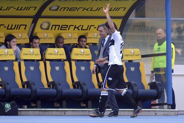 El 0-0 final fue una doble derrota para el Parma, que vio al atacante Am...