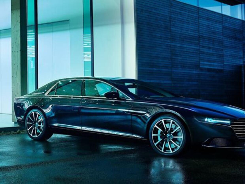 El nuevo sedán de Aston Martin tiene acabados hechos a mano, además de c...