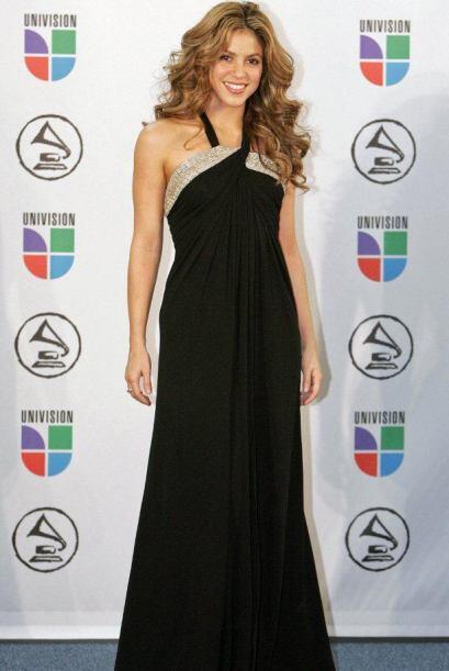 Shakira a veces viste sofisticada, otras veces relajada y sencilla.