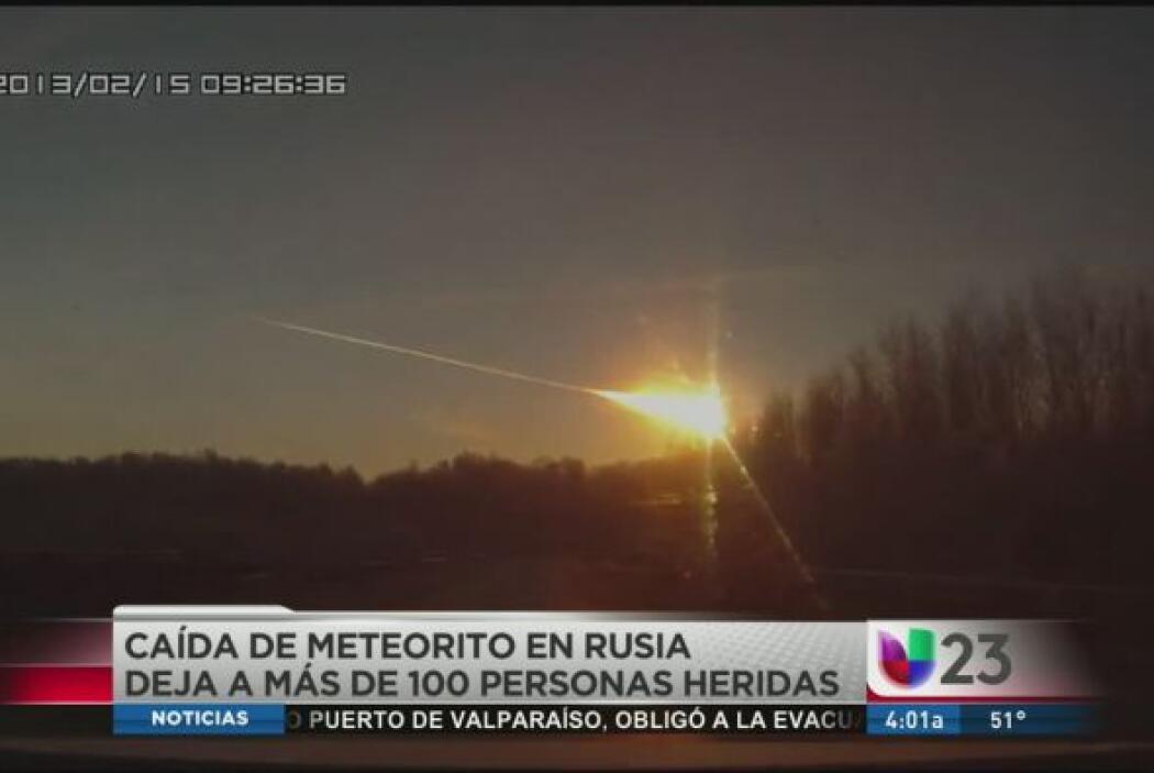El meteorito cruzó el cielo y explotó sobre el centro de Rusia el vierne...