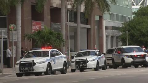 Investigan falsa amenaza de bomba en el consulado de Israel, ubicado en...