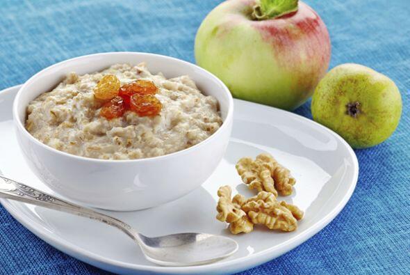 Los cereales integrales ayudan a sentirse satisfecho. Elija bocadillos q...