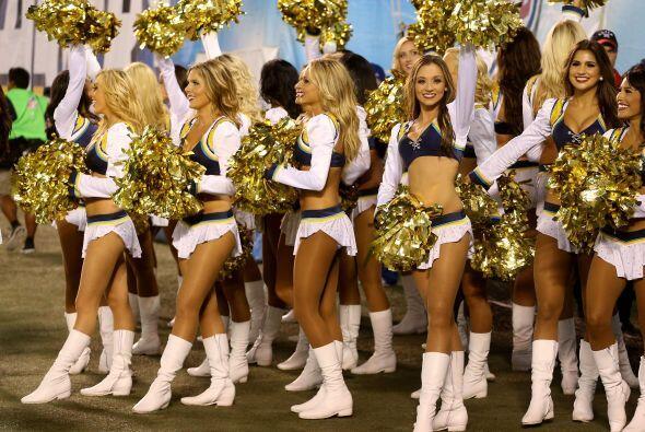 Las cheerleaders de los San Diego Chargers durante la temporada 2012. ¡B...