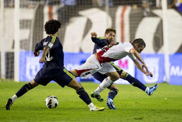 Rayo Vallecano tuvo opciones de descontar en la segunda parte, pero s&oa...