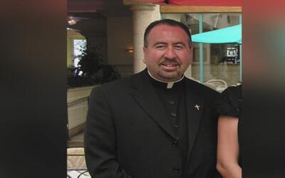 Arquidiócesis de Los Ángeles pide al Vaticano que remueva a un sacerdote...