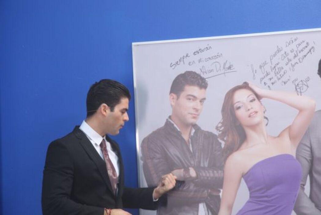 El cubano firmó Adrián DiMonte, su nombre artístico.