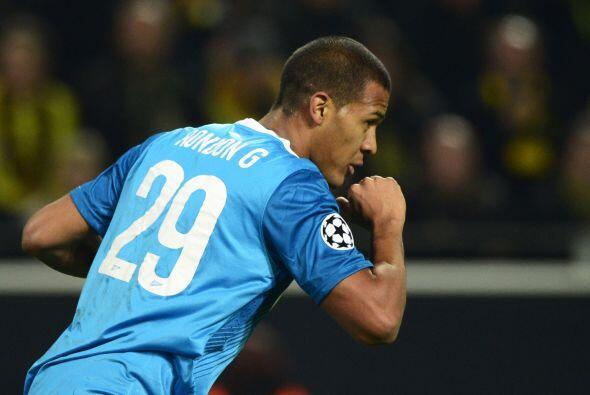 El venezolano Salomón Rondón acercaba nuevamente al Zenit al colocar el...