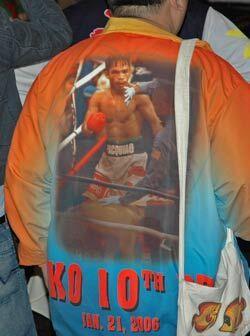Apoyo total de este caballero al 'Pacman' con su foto y su segunda pelea...