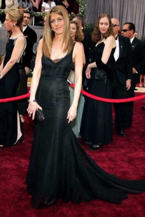 Además, tiene un negro adecuado para cada ocasión. Los de alfombra roja...
