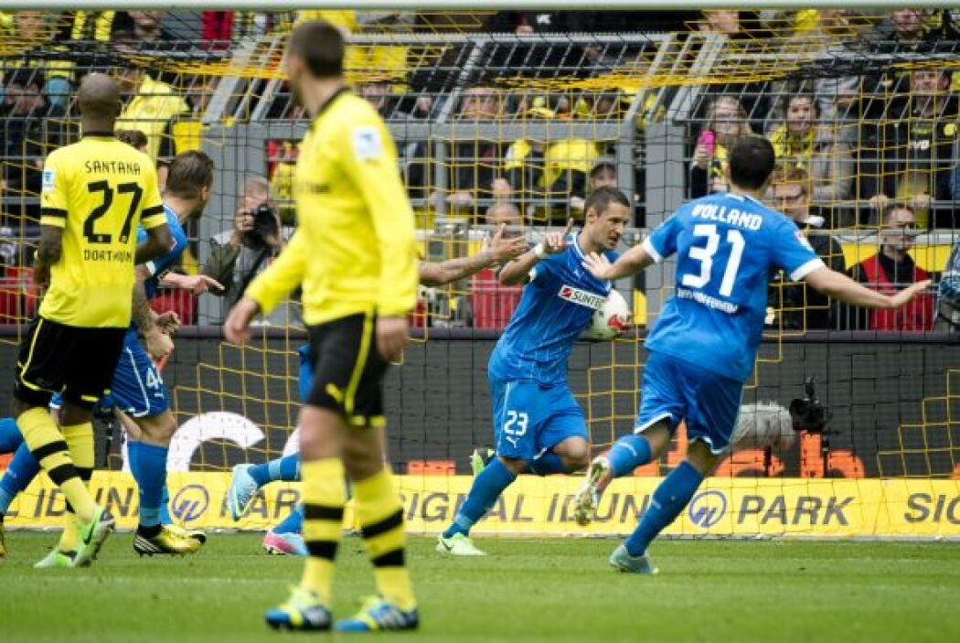 Sin dejar la Bundesliga alemana, aquí aparece el bosnio Sejad Salihovic...