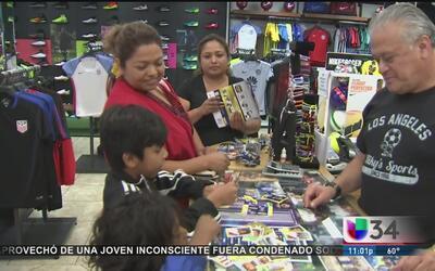 Familias latinas hacen un gran sacrificio para asistir a la Copa América...