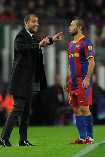 'Pep' Guardiola, recuperado de su lesión, se cansó de dar indicaciones a...